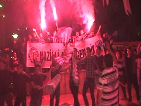 ŞAMPİYON'u Karşılama Öncesi Alem Gençlik Belediye Meydanını İnletiyor...