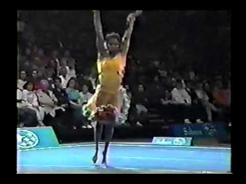 Betty Okino - 1993 Subaru World Open - Floor Exercise streaming vf