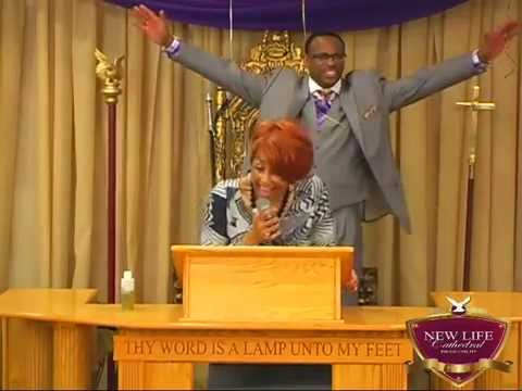 """Dorinda Clark-Cole """"He Brought Me"""" at New Life Cathedral"""
