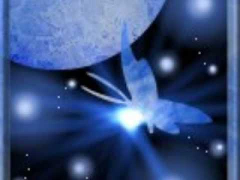 碧い宇宙の旅人