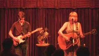 """Kim Richey performs """"A Place Called Home"""" - Cooldog Concerts"""