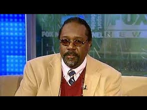 Hollywood Actor Demond Wilson acuses those who don't support Obama of being racist.