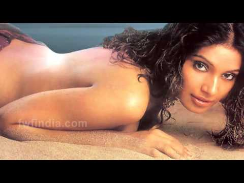 Bold Sexy Scenes Of Bollywood Actresses (PART - 1) HD - ETM from YouTube · Duration:  3 minutes 58 seconds