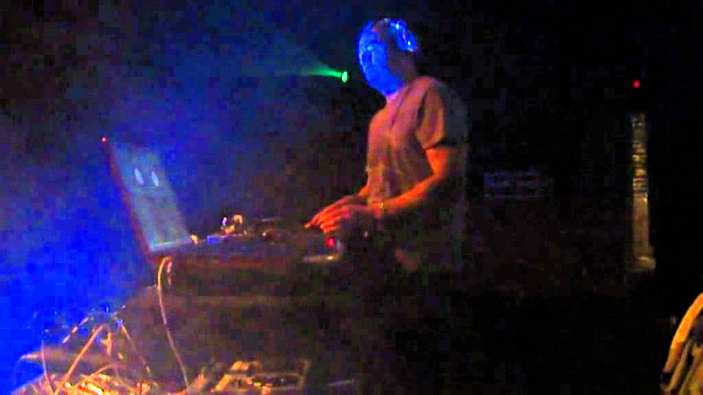 DJ RECTANGLE LIVE (Spring 2011) mpg