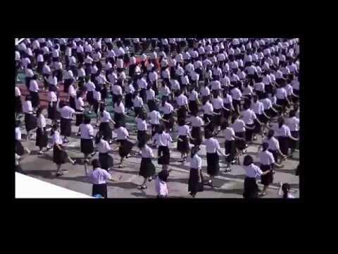 รำอวยพร งานเกษียณอายุราชการ 2558 โรงเรียนสตรีราชินูทิศ อุดรธานี