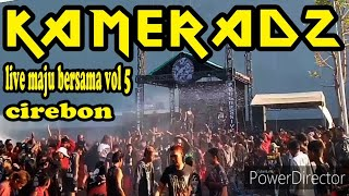 live-musik-punk-hello-kameradz-live-cirebon-maju-bersama-vol5-kreeeeeen