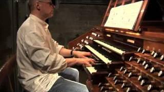 American organist James Hicks makes double CD on organ in Linkoping Sweden
