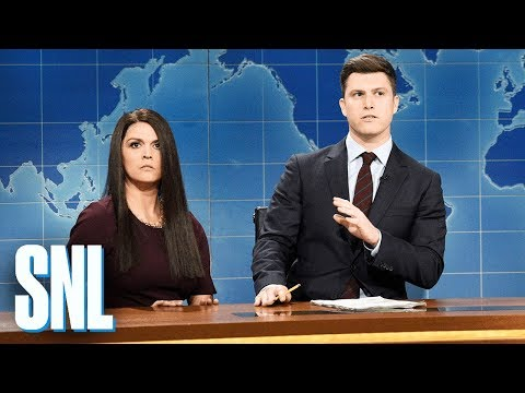 'SNL' Weekend Update welcomes the microphone-stealing White House intern