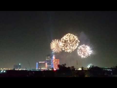 Dubai Festival City 2017 New Years Eve Fireworks Display