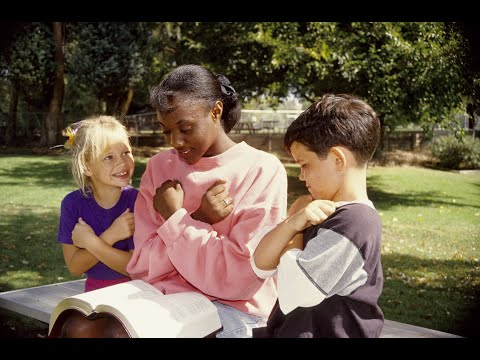How Do Deaf Or Hard Of Hearing Children Learn To Read?