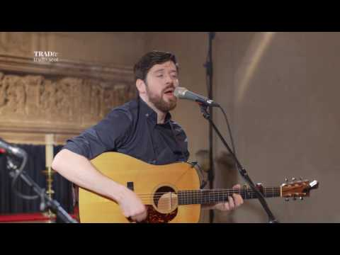 Kris Drever performs I Didn't Try Hard Enough live at Paisley Abbey (The Visit 2017)