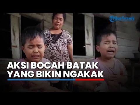 Bocah Batak Ini Kocak, Alasan Penyebab Tangannya Sakit Bikin Orang Sekitarnya Sakit Perut!