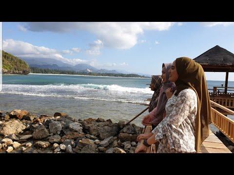pantai-momong-:-pantai-baru-di-banda-aceh-serasa-bali