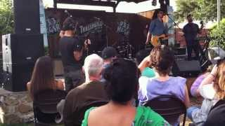 Aaron Behrens and The Midnight Stroll @ Threadgills for 93.3 live broadcast 10/05/13