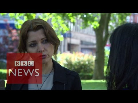 Turkey politics: 'Women are almost non-existent' says Elif Şafak - BBC News