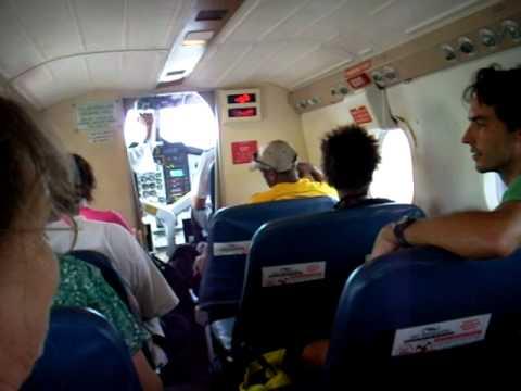 flying vanuatu air