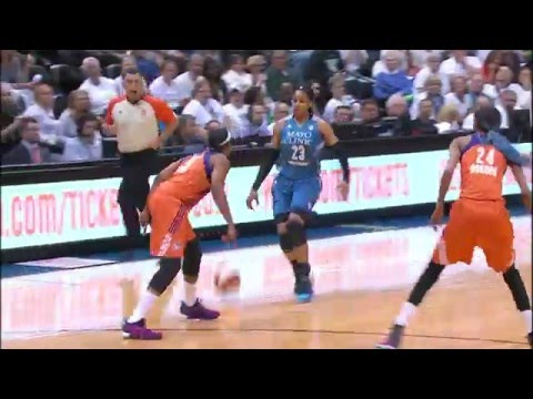 Maya Moore and Diana Taurasi Duel on Opening Night