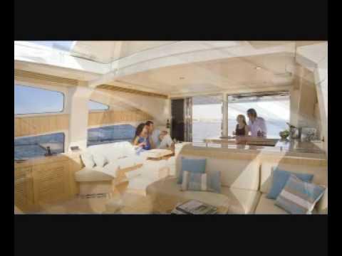 Luxury charter yacht Aquabay