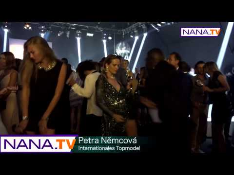 "NANA TV best dance with ""Petra Němcová ""  Leonardo DiCaprio Event in St.Tropez HD"