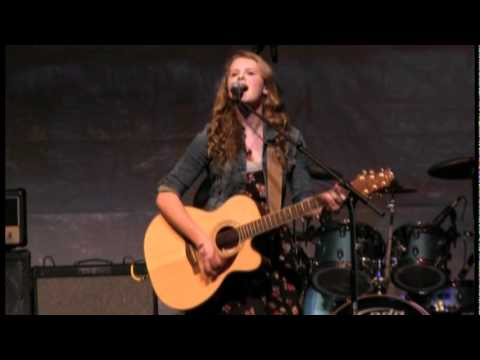 Danielle performing a cover of I Heart Question Mark by Taylor Swift