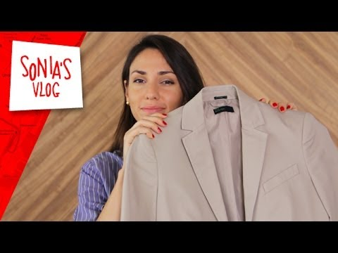 Travel Tips: How to Fold a Jacket to Avoid Wrinkles