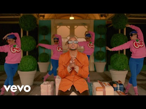 Black Eyed Peas, Ozuna, J. Rey Soul - MAMACITA (Official Music Video)