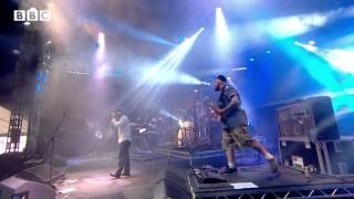 Скачать Alex Clare Too Close At Reading Festival 2013