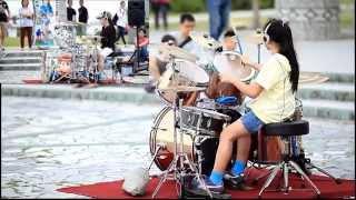 Download Video 20150404&0406【小黃奕】爵士鼓-Emerald Sword 兩場子母畫面 Drum Cover MP3 3GP MP4