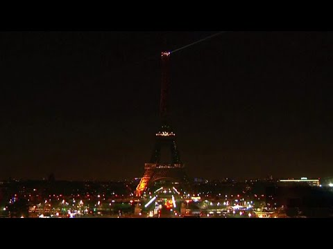 Landmarks around the globe go dark for Earth Hour