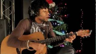 "Learn how to play ""Mistletoe"" By Justin Bieber on guitar with Chords"