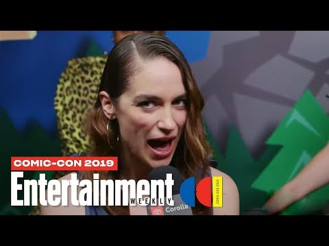 'wynonna-earp'-cast-joins-us-live-|-sdcc-2019-|-entertainment-weekly