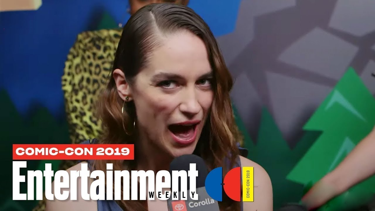 'Wynonna Earp' Cast Joins Us LIVE | SDCC 2019 | Entertainment Weekly