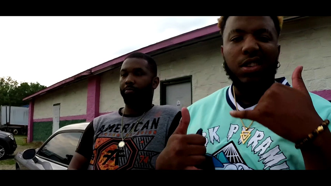 Poppa Hussein ft. Mc Fiji - Im Lit (Official Video) Starring 'Famous Amos'