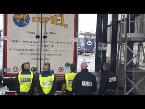 Imigrants in Calais, June 2016    *    Imigranci w Calais, Czerwiec 2016 (PL)