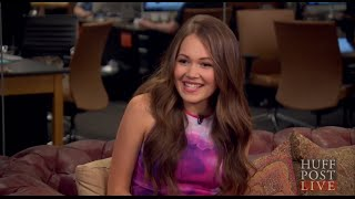 Kelli Berglund Interview: Crazy Talents And Celeb Crushes