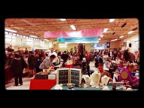 Christmas bazaars at Hillsboro High School, Hillsboro Oregon