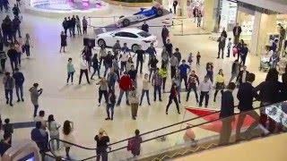 Флешмоб М.видео Сочи Моремолл(Самые активные и позитивные сотрудники М.видео представляют первый флешмоб сочинских магазинов, посвященн..., 2016-04-04T16:53:36.000Z)
