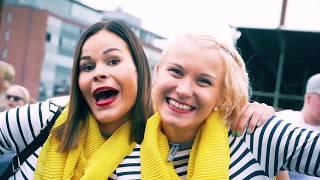 SUOMIPOP FESTIVAALISSA YLEISÖENNATYS – JYVÄSKYLÄSSÄ JUHLI 31 000 FESTARIKÄVIJÄÄ - KIITOS!  Suomipop-festivaali Jyväskylä juhlii 2018 peräti 10-juhlavuottaan ja tapahtuman liput ovat jo myynnissä NYT! Liput myy Tiketti. Lutakontaukio täyttyy juhlahumuun 12.-14.7.2018. Varmista oma pilettisi heti, etkä jää aidan väärälle puolelle juhlavuoden karnevaaleissa.  10-juhlavuoden kunniaksi myös upouusi sisartapahtumamme Suomipop-festivaali Oulu 2018 on jo myynnissä!  #SuomipopValloittaaSuomen2018 www.suomipopfestivaali.fi