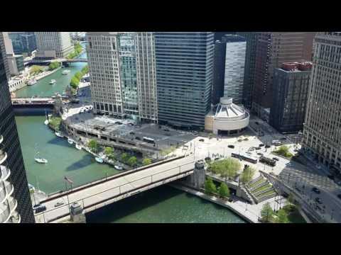 Bridges raising over Chicago River timelapse