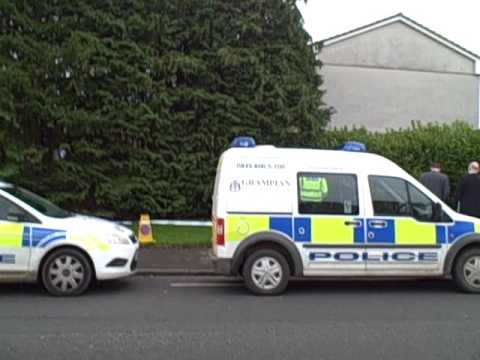 Police probe after body found in Inverurie.wmv