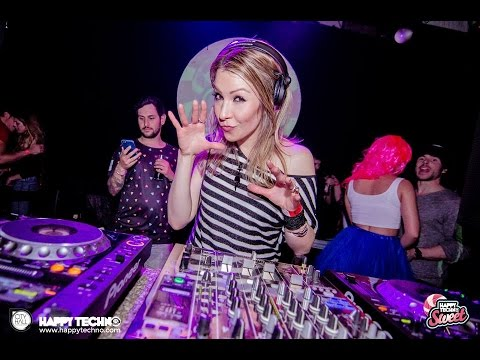 Candy Cox @ Happy Techno - City Hall Barcelona (Barcelona /