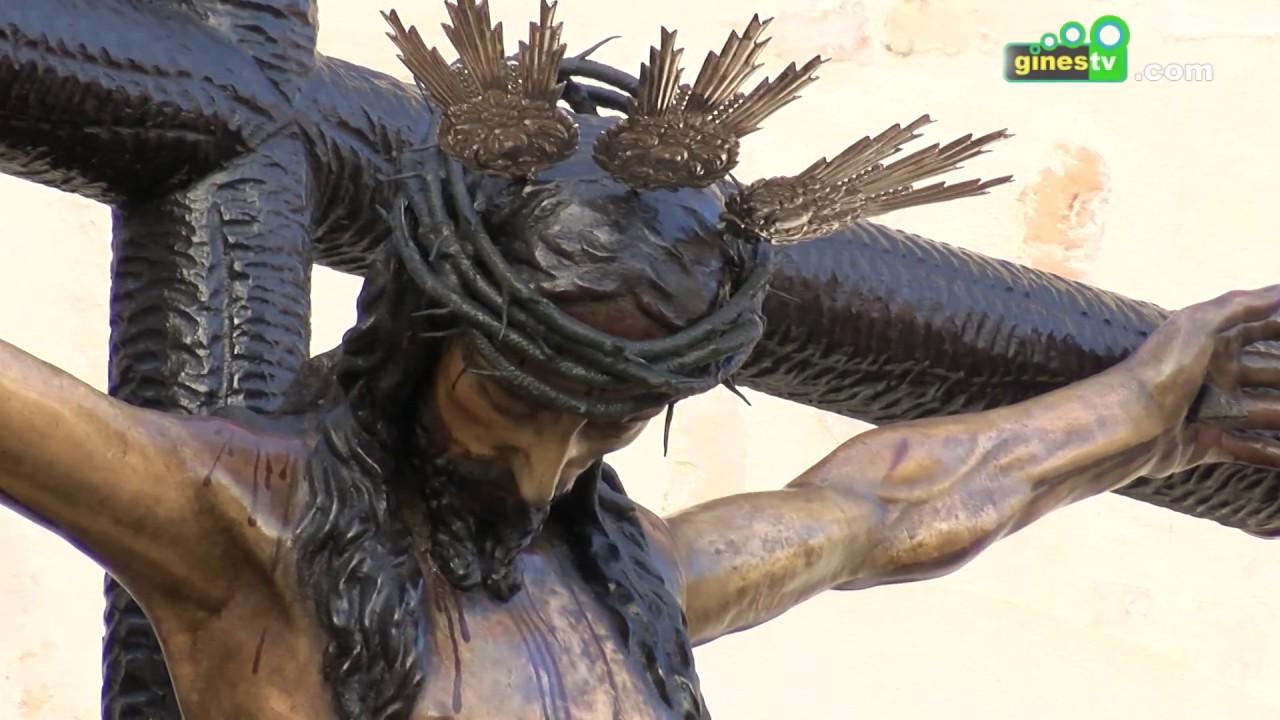 Gines vivió intensamente la Semana Santa entre el recogimiento y el esplendor