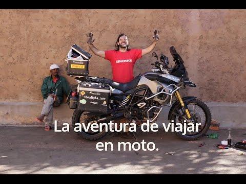 La aventura de viajar en moto. Charly Sinewan