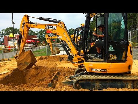 Digging With Real Excavator | Heavy Machines Adventure Diggerland