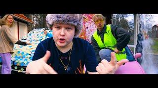 ♪ NikojaSanttu - Just A Prank Bro (Virallinen musiikkivideo)
