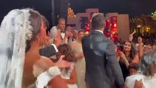 احلى كورال دا ولا ايه 😉😀 مبروك لأحلى عروسين و عقبالكم كلكوا يا حلوين تامر حسني ❤❤