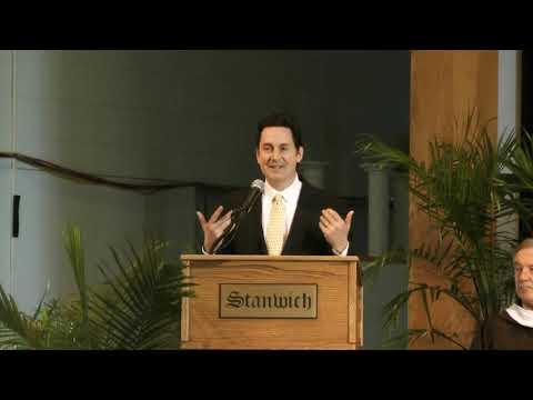Sasha Chanoff gives the Stanwich School's 2019 Commencement Speech