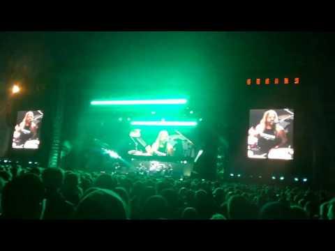 Foo Fighters - Sunday Rain (NEW SONG / LIVE DEBUT) Riga, Latvia 21.06.2017.