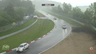 Heavy Rain causes Madness and Multi car crash at 24H Nürburgring !
