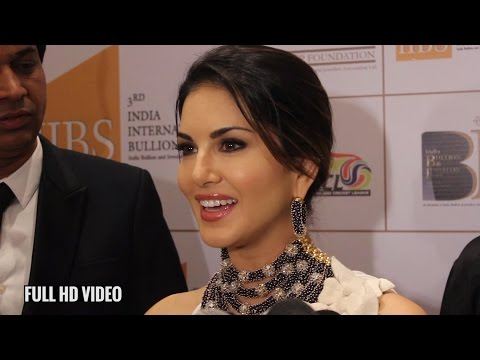 Sunny Leone at Indian Bullion & Jewellery Association fashion show | IBJA
